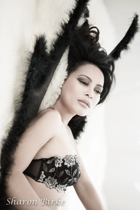 _S5A4794-EditNYC-New-Jersey-Angel-Boudoir-Portraits-Powerful-Goddess