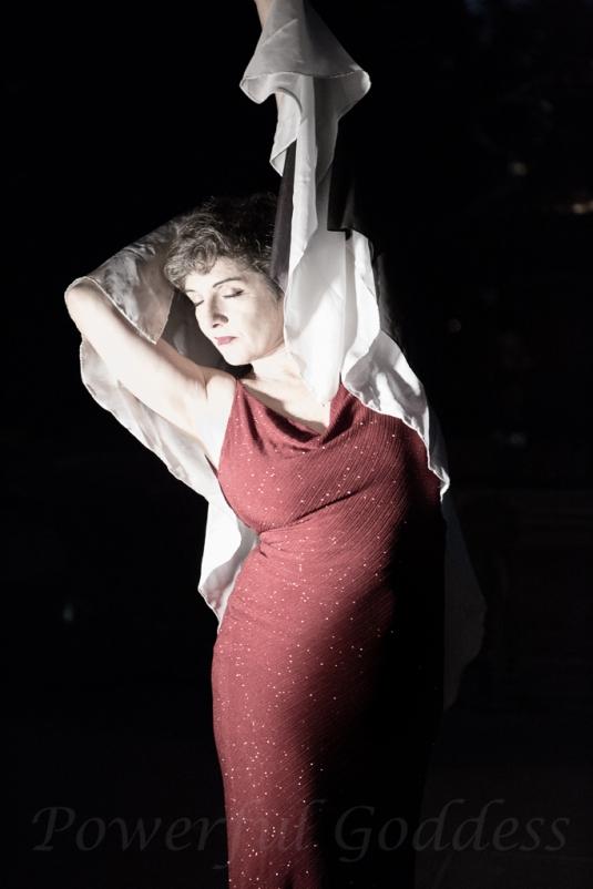 _S5A8180NYC-Central-Park-Fountain-Glamour-Portraits-Powerful-Goddess