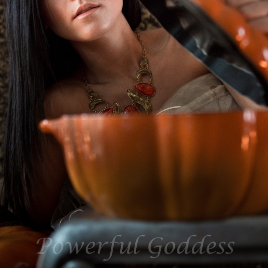 _S5A8868NYC-NJ-Thanksgiving-Glamour-Portraits-Powerful-Goddess
