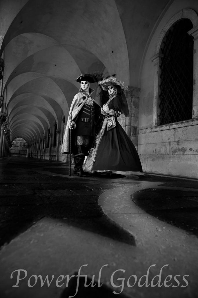 Venice-Carnival-Powerful-Goddess-Portraits-by-Sharon-Birke-0883