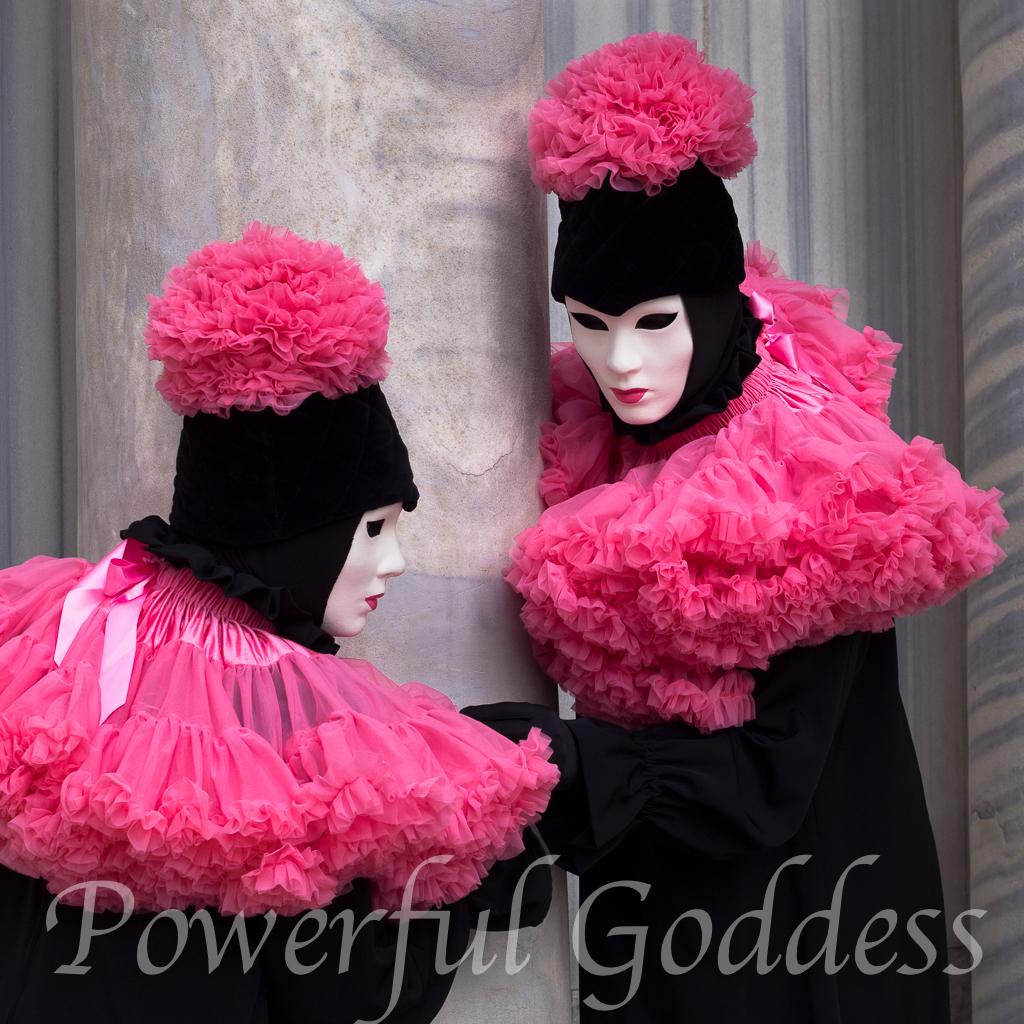 Venice-Carnival-Powerful-Goddess-Portraits-by-Sharon-Birke-2261893