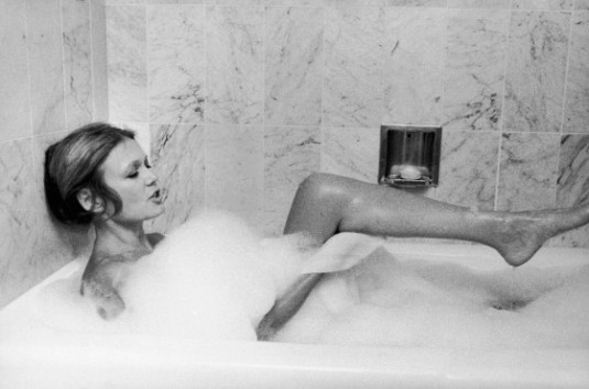 Gloria Steinam in bathtub