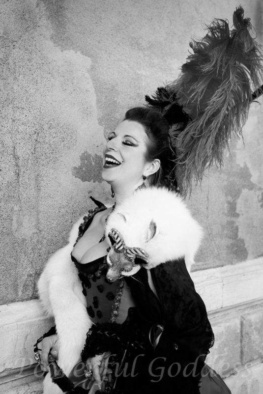 _S5A0610NYC-NJ-Glamour-Portraits-Period Costume-Venice-Carnival-Sharon-Birke