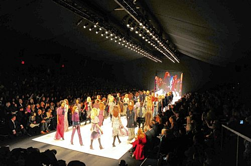 02-21-45_carolina-herrera-fall-2012-fashion-show_original