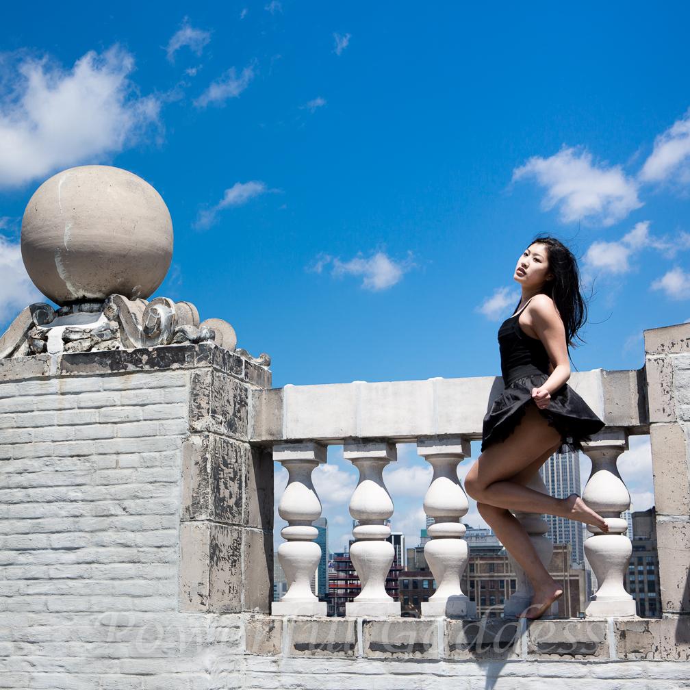 _S5A4239NYC-Summer-Sharon-Birke-Glamour-Boudoir-Portraits