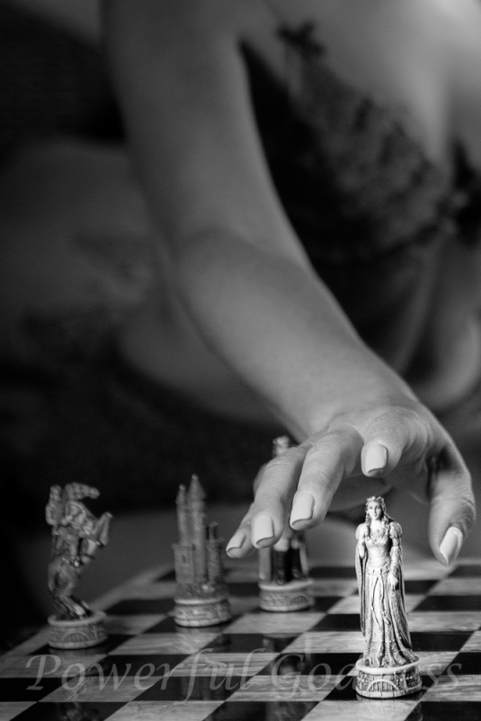 _S5A7476-Edit-New-York-New-Jersey-Chess-Glamour-Boudoir-Powerful-Goddess-Portraits-Sharon-Birke