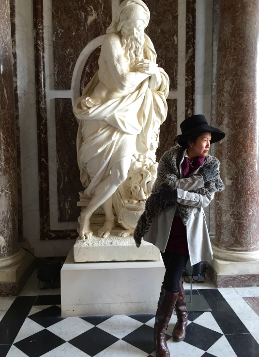 Two-Cold-in-Paris-Versailles-Sharon-Birke-Portraits