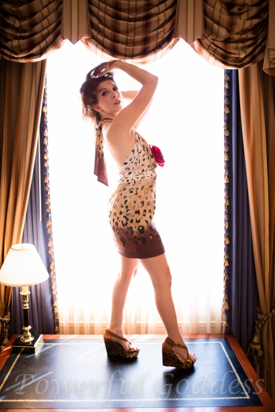 _S5A4157-New-York-New-Jersey-Leopard-Print-Glamour-Boudoir-Powerful-Goddess-Portraits-Sharon-Birke