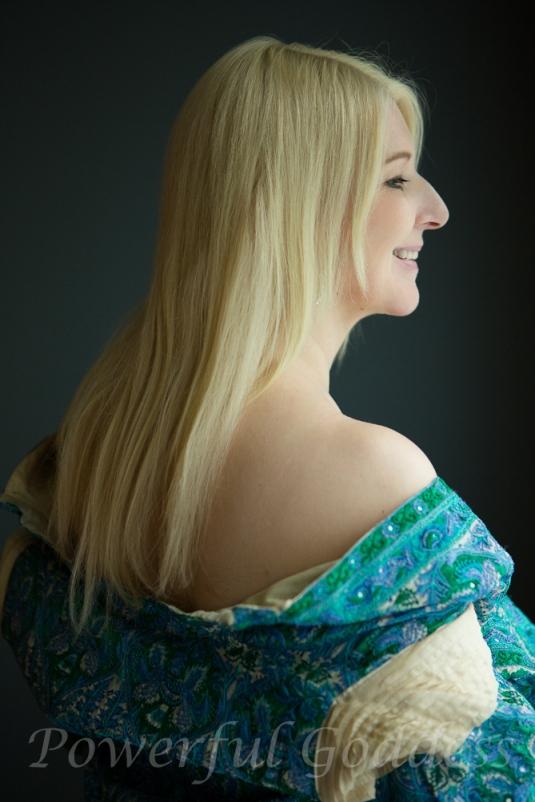 _S5A6984-New-York-New-Jersey-Turquoise-Robe-Glamour-Boudoir-Powerful-Goddess-Portraits-Sharon-Birke