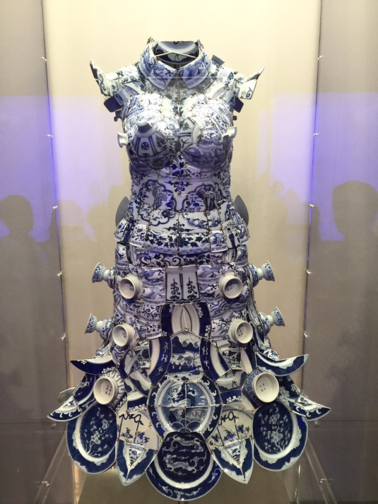 blue-white-China-ceramic-porcelain-dress-Metropolitan-Museum-NYC-Powerful-Goddess-Portraits
