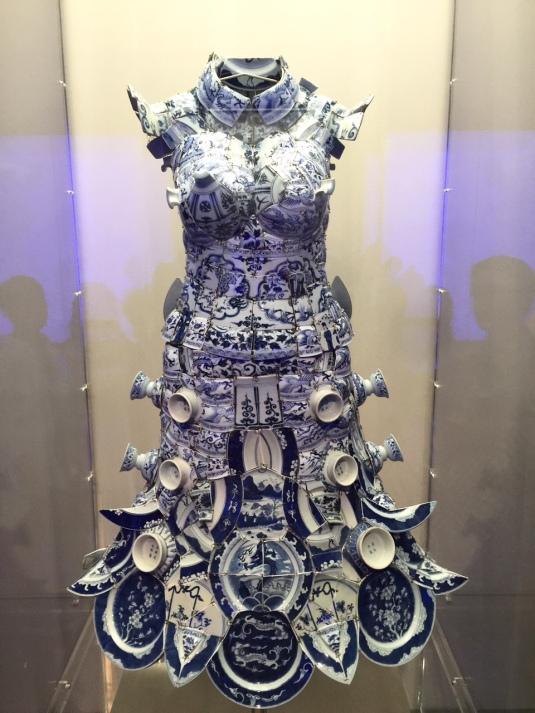 blue-white-China-ceramic-porcelain-dress-Metropolitan-Museum-NYC-Powerful-Goddess-Portraits