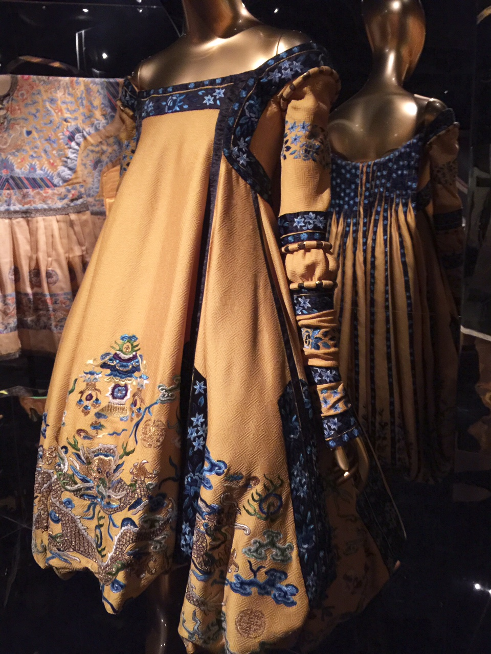 John-Galiano-Dior-Couture-dress-Metropolitan-Museum-NYC-Powerful-Goddess-Portraits