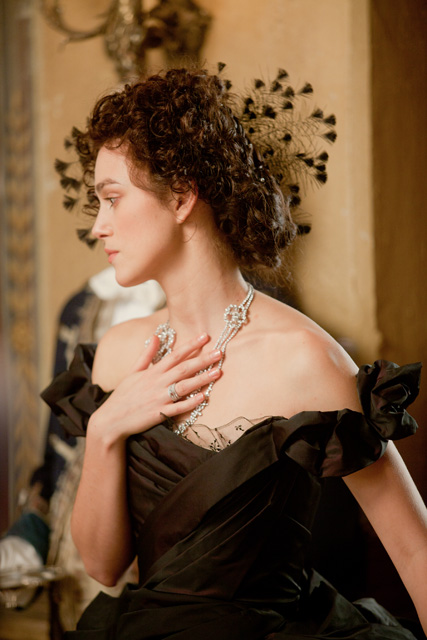 Keira-Knightley-in-Anna-Karenina-8