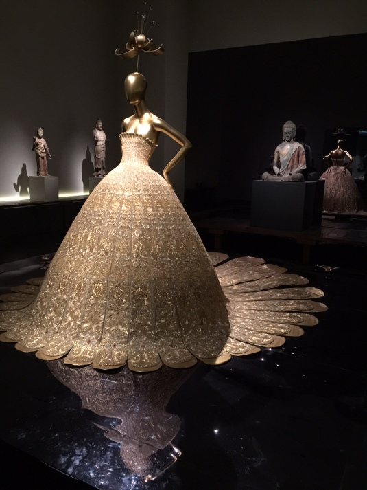 Lotus-couture-gown-Metropolitan-Museum-NYC-Powerful-Goddess-Portraits
