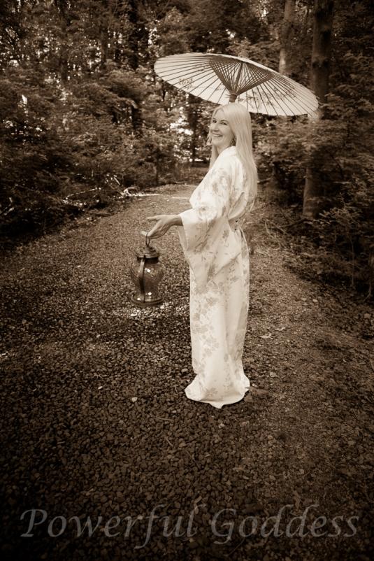 _S5A7257-Kimono-Glamour-Powerful-Goddess-Portraits-Sharon-Birke