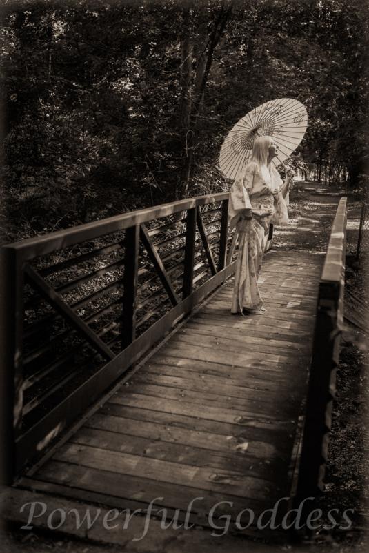 _S5A7285-Kimono-Glamour-Powerful-Goddess-Portraits-Sharon-Birke