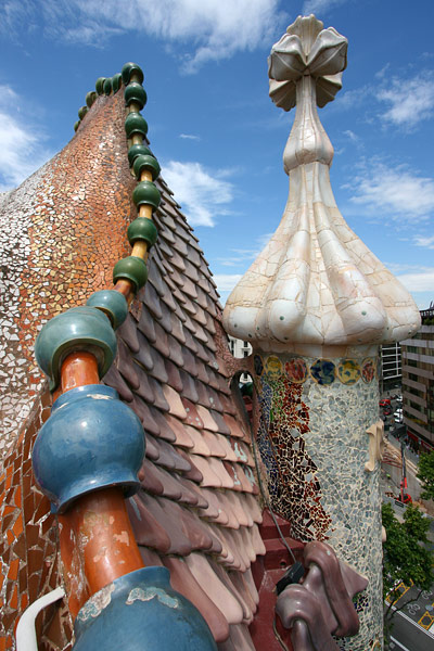 casa-batllo-roof