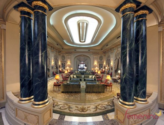 el-salon-del-hotel-el-palace-de-barcelona