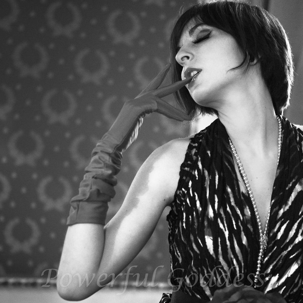 _S5A3267-New-York-New-Jersey-Zebra-Glamour-Boudoir-Powerful-Goddess-Portraits-Sharon-Birke