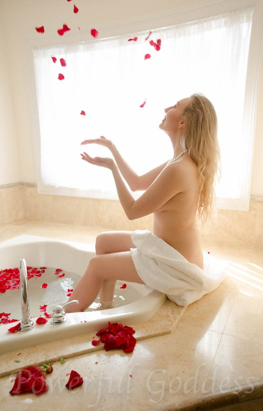 New-York-New-Jersey-Rose-Bath-Glamour-Powerful-Goddess-Portraits-Sharon-Birke-1640