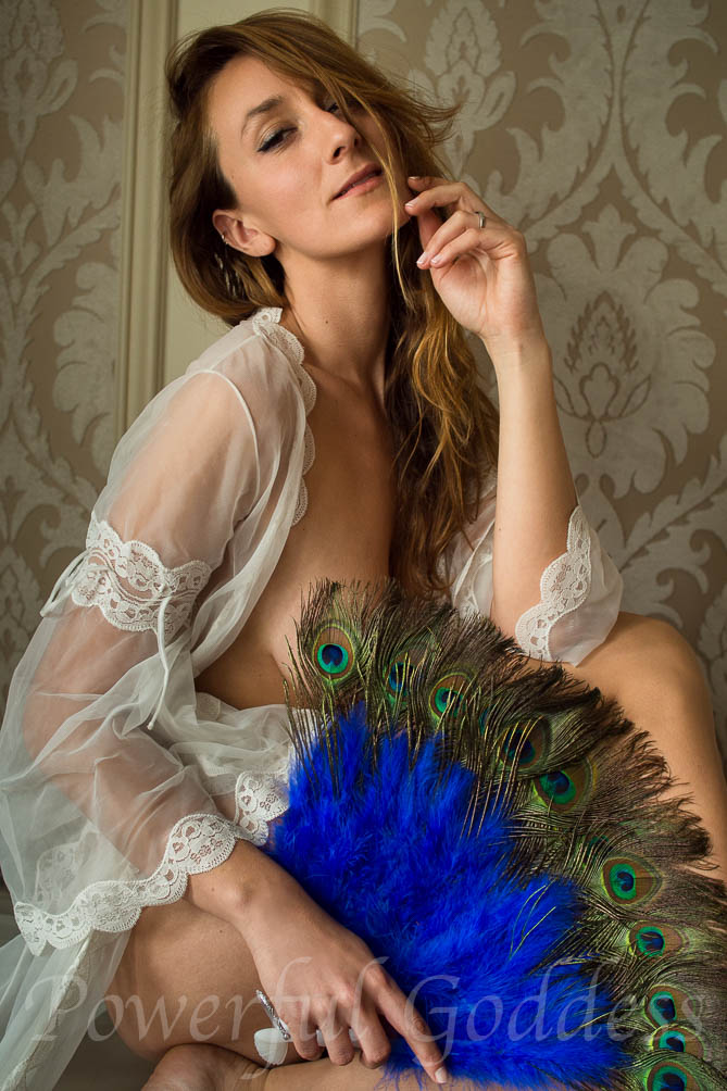 NYC-NJ-CT-vintage-lingerie-Powerful-Goddess-Portraits-130196
