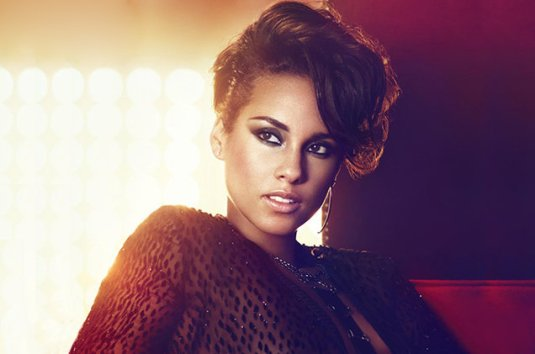 alicia-keys-press-2014-billboard-650-c