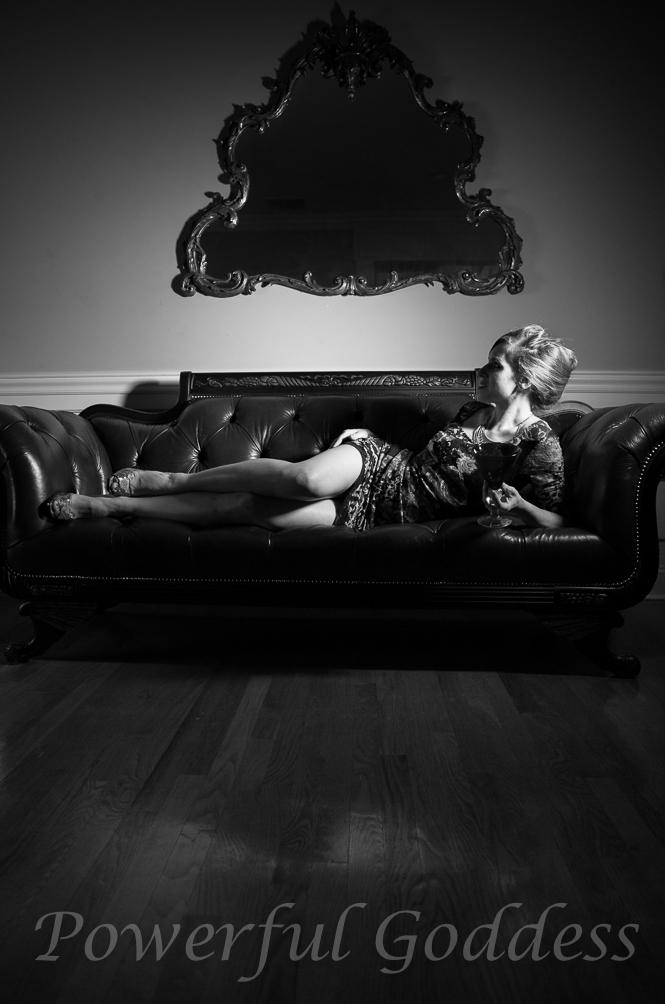 _s5a0234-new-york-new-jersey-butterfly-mask-glamour-boudoir-powerful-goddess-portraits-sharon-birke