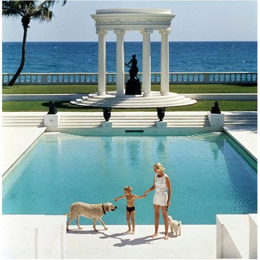 slim_aarons_photography_nice_pool_cz_guest