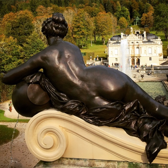 germany-mini-versailles-powerful-goddess-portraits
