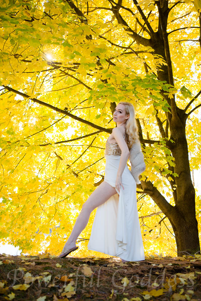 nyc-nj-ct-blondegold-leaves-powerful-goddess-portraits-sharon-birke-7850