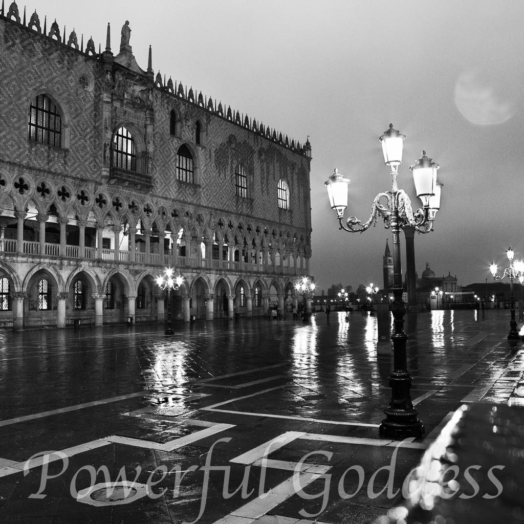 Venice-Doges-Palace-Powerful-Goddess-Portraits-by-Sharon-Birke-9491